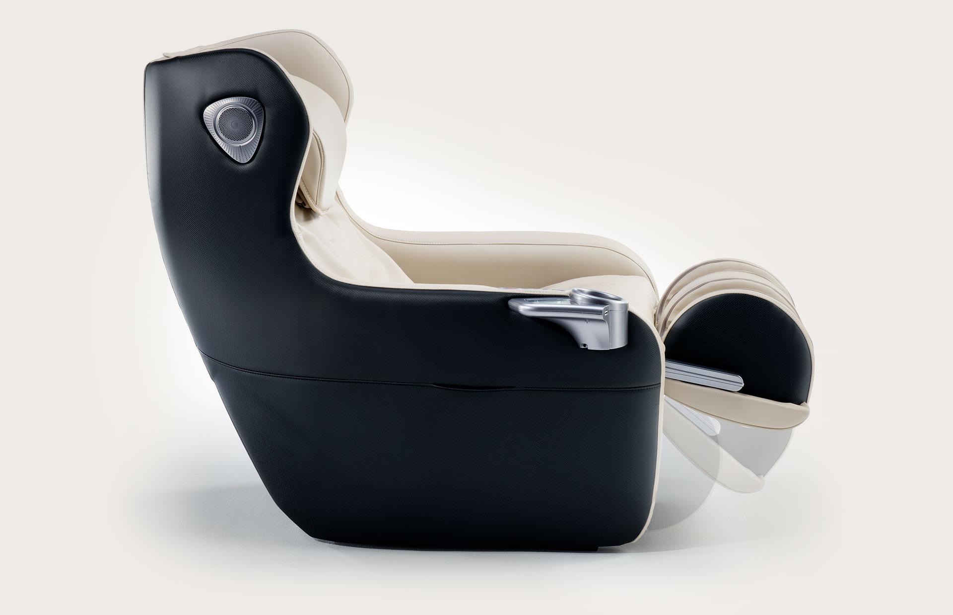 Fotel do masażu Massaggio Ricco - regulowany podnóżek z masażerem